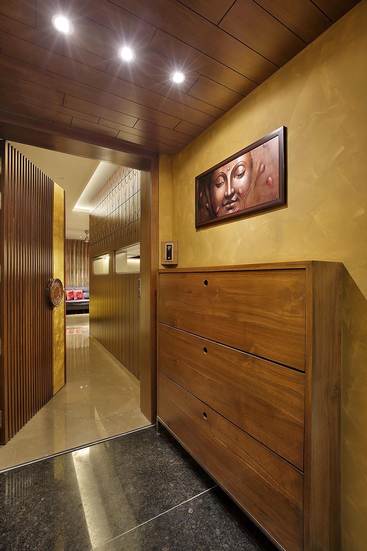 wood art house