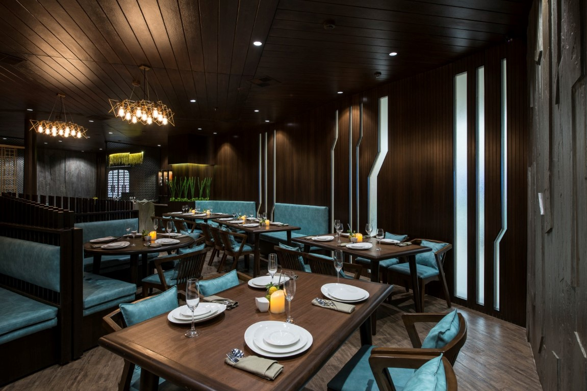 Vintage looking restaurant design has modern experience for Restaurant moderne