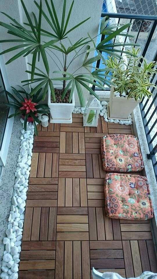 51 small balcony decor ideas the architects diary for Small balcony decorating ideas