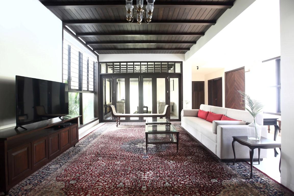 colonial minimalism residential bungalow flamingo