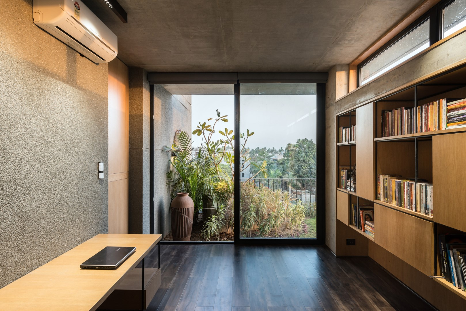Brick Facade House | Design Work Group - The Architects Diary