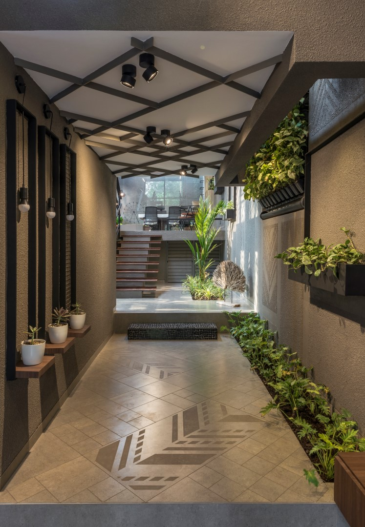 Great Their Ideal Plot Was A Centrally Located One, With A Footprint Of At Least  3,000 Square Feet. And Their Vision Was For A Workspace Surrounded By A ...