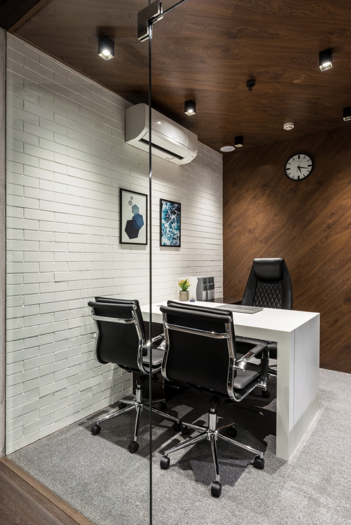 Office Room Design: Office Design Is Bold And Spirited Composition