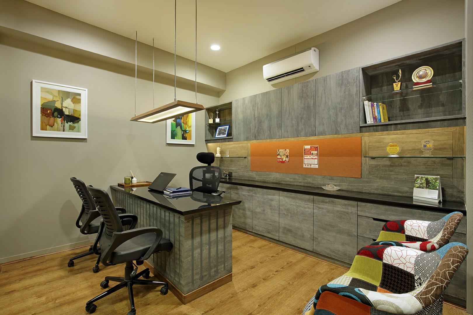 Corporate Office Interior Breaks the Monotony and Boring Environment | M S Design Studio & Corporate Office Interior Breaks the Monotony and Boring Environment ...
