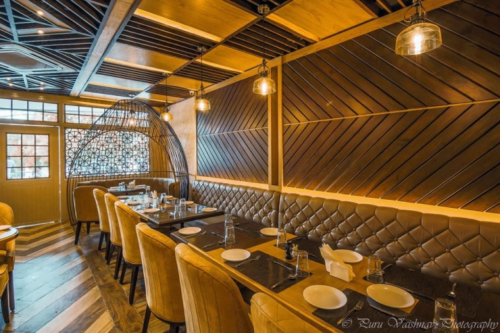 Elegant Restaurant Interior With Indian Accent Ybs