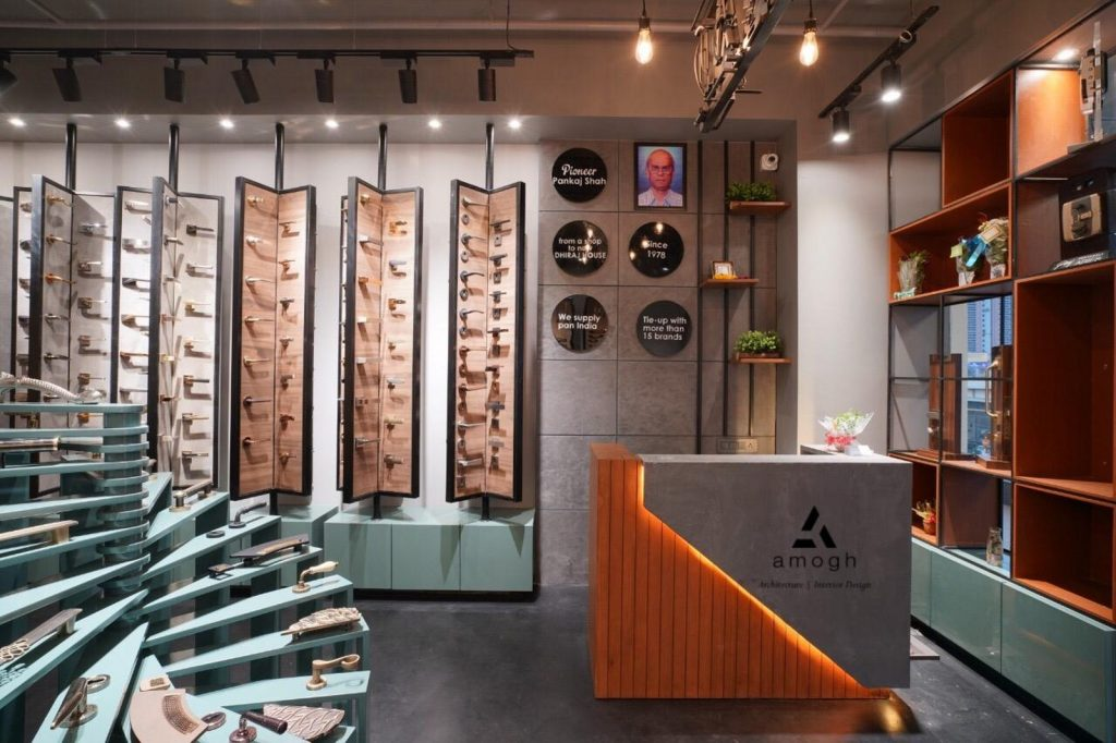 Hardware Store Interior Drew The Concept Of Raw And ...